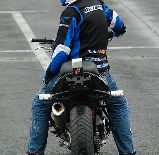 Hubert Dylon Raptowny na BMW F800R zawody