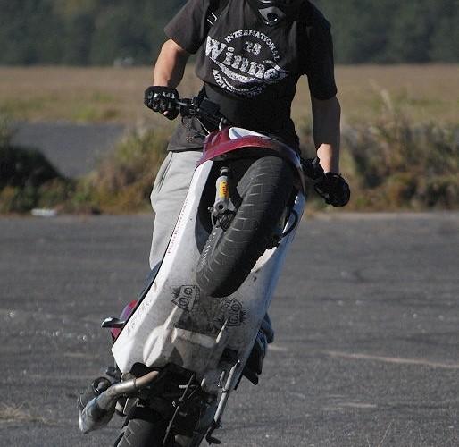 Borsk stunt na skuterze