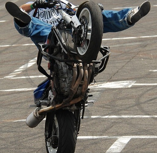 Cyrkle Auchan stunt