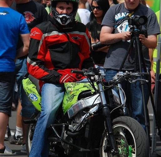 Zawodnik przed startem Michal Pakosz