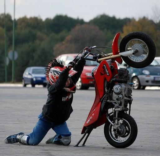 Eryk stunt tricki