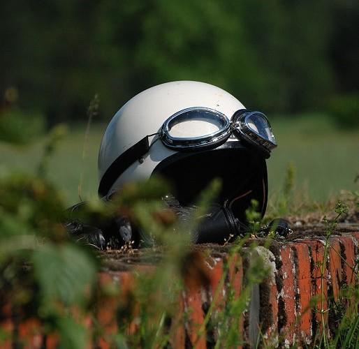 Kask motocyklowy rekawiczki