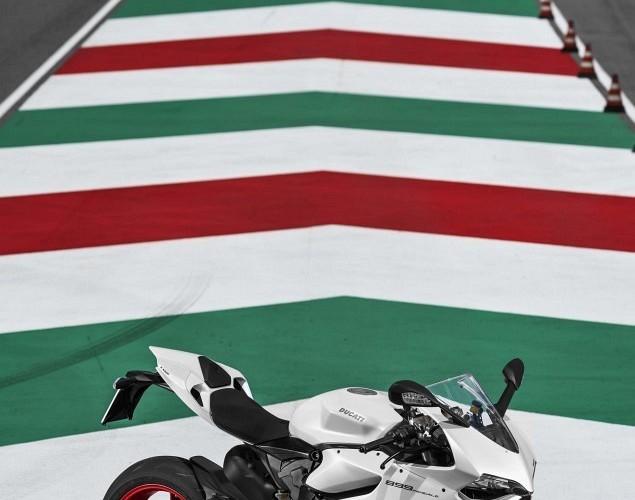 na torze Ducati 899 Panigale