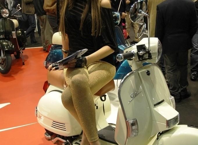Targi Mediolan 2009 retro skuter