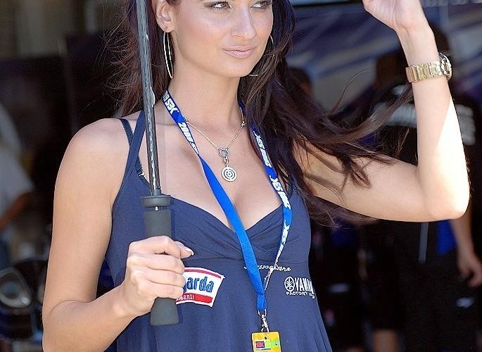 paddock girl Yamaha Brno