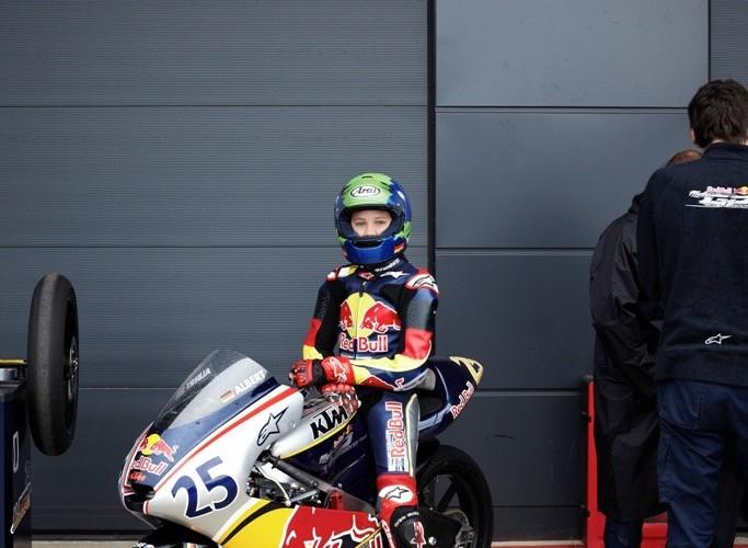 W boksie  Red Bull Rookies Cup