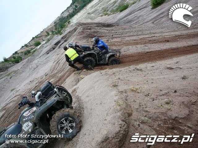 Yamaha Quad Club zakopany w piachu quad