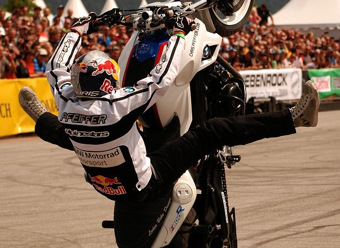 Chris Pfeiffer stunt Motorrad Days