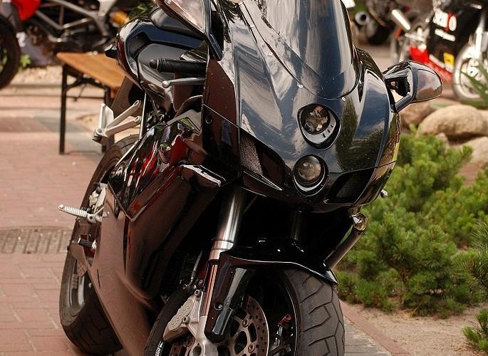 Czarna bestia Ducati