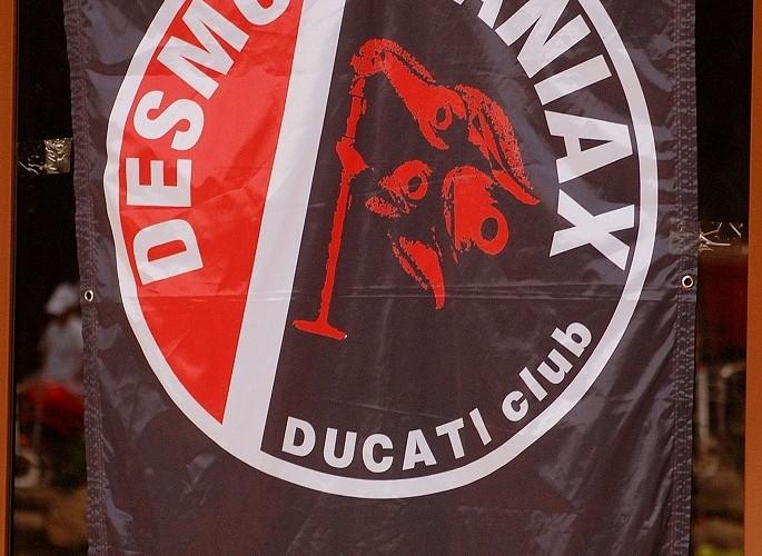 Flaga Desmomaniax