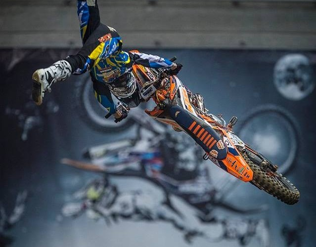 Petr Pilat podczas treningu Diverse Night Of The Jumps Ergo Arena 2015