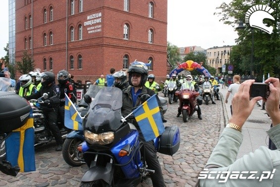 szwedzi na motocyklach