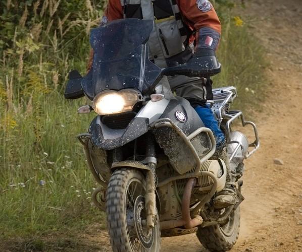 bmw challange motocykl zakret sucha gora