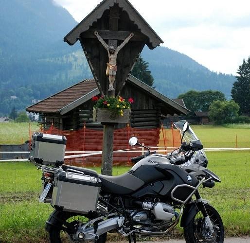 BMW R1200 kapliczka