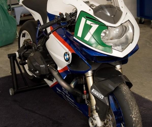 bmw hp2 sport 17