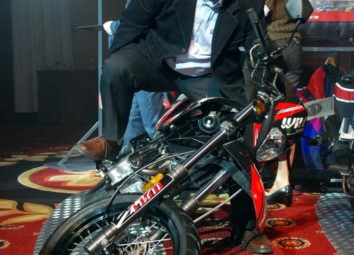 Marian testuje motocykl Zipp