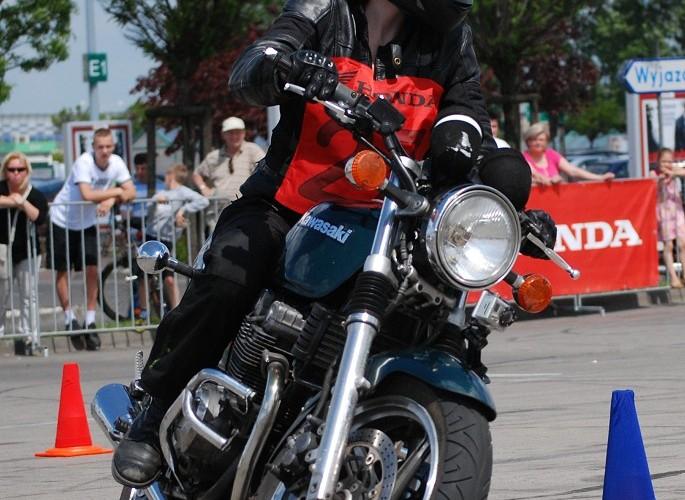 Bozena Chadzynska na motocyklu