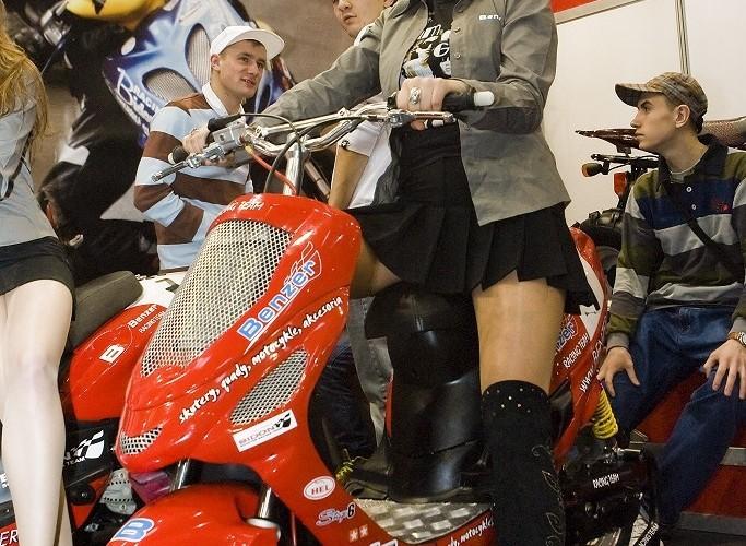 benzer wystawa motocykli warszawa 2009 e mg 0221