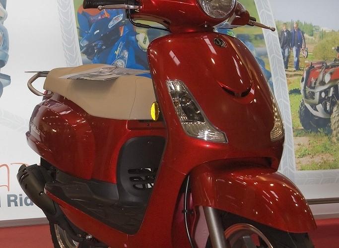 skuter sym wystawa motocykli warszawa 2009 e mg 0162