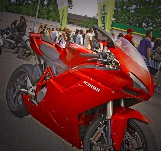 HDR Ducati 1098 Motocyklowa Niedziela na BP wroclaw
