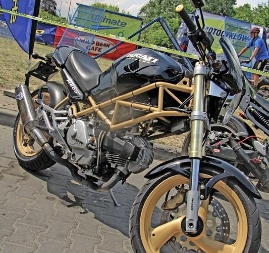Motocyklowa Niedziela na BP wroclaw Ducati Monster M600