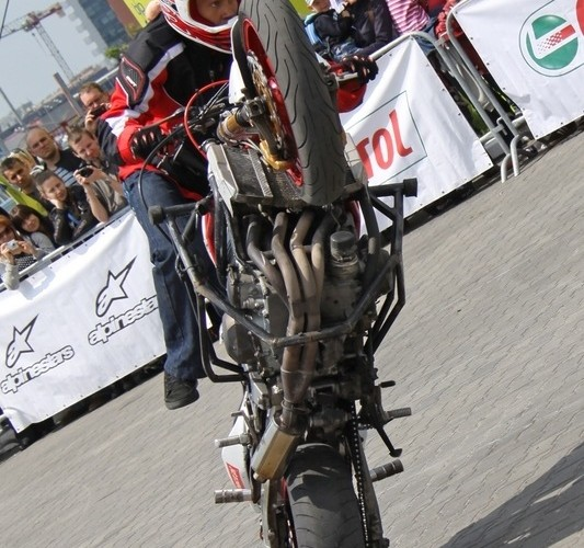 Motocyklowa Niedziela BP Stunter 13 freestyle
