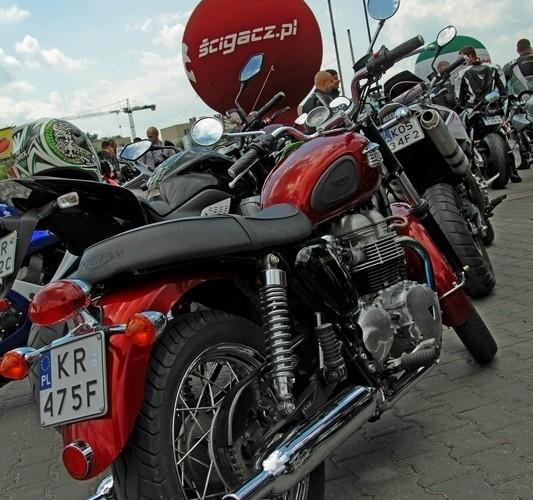 Motocyklowa Niedziela BP bonneville