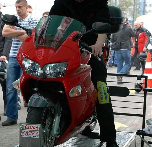 Hamownia na stacji BP BP - motocyklowa niedziela 2010