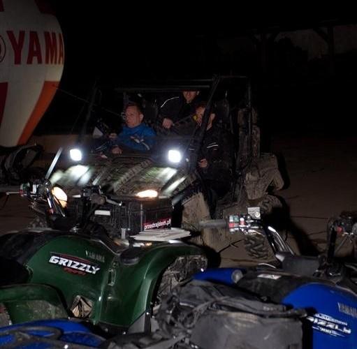 Noc na quadzie Yamaha Offroad Experience przed wyjazdem
