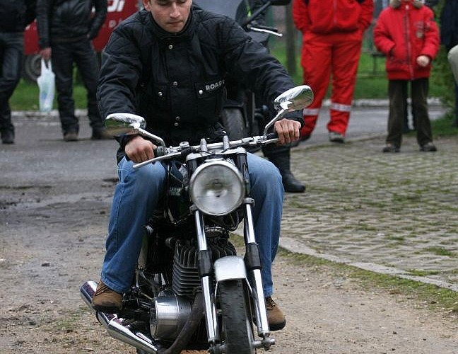 jazda motocyklem otwarcie sezonu czestochowa 2008