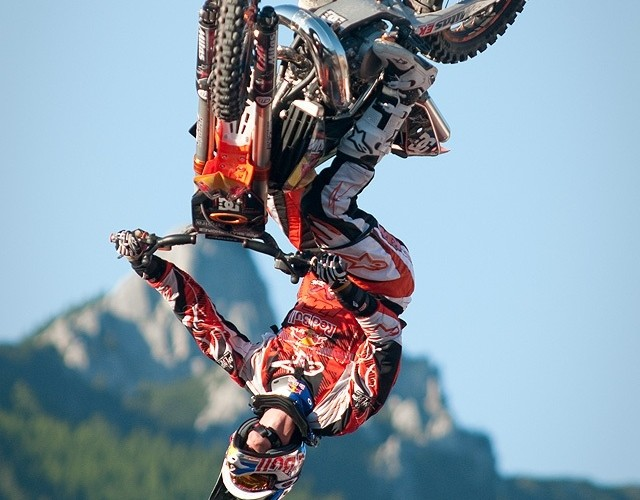 pokazy freestyle motocross erzberg rodeo