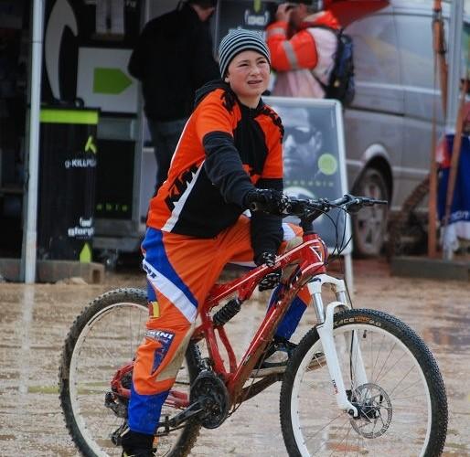 Dziecko na rowerze Eisenerz
