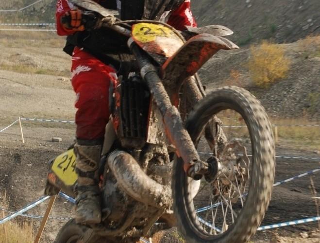 Mistrzostwa Polski Enduro 2008 w opolu wyskok na ktm
