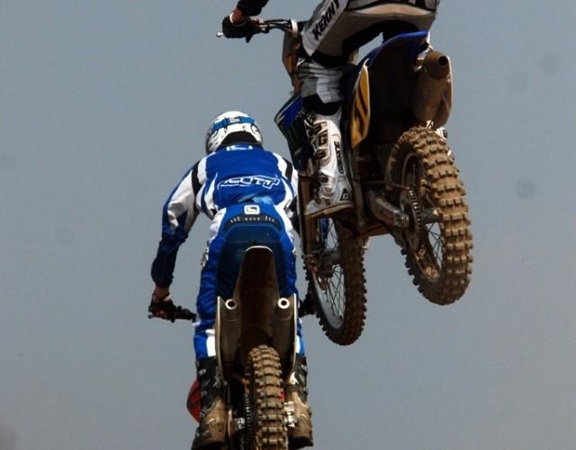 Jedrzejczyk skok hopka tor motocrossowy