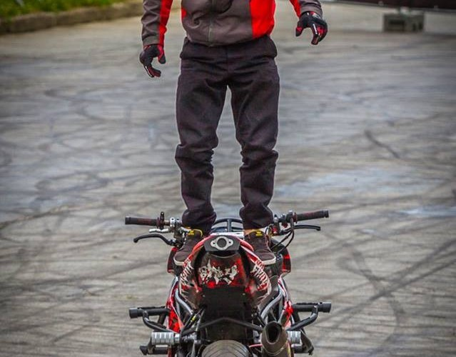 Korzen tylem Moto Show Bielawa Polish Stunt Cup 2015