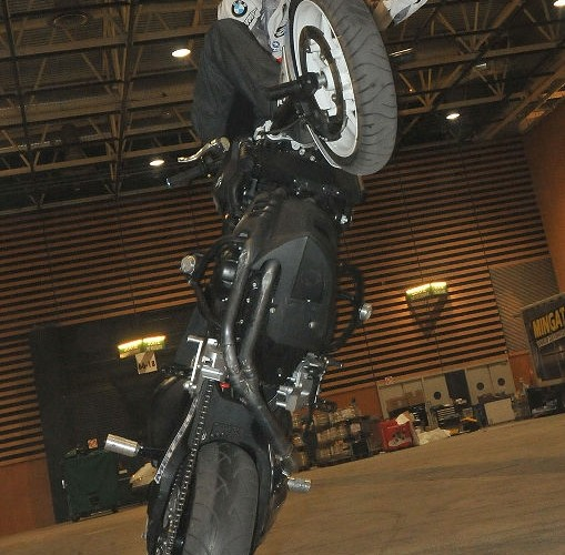 Chris Pfeiffer training stunt session