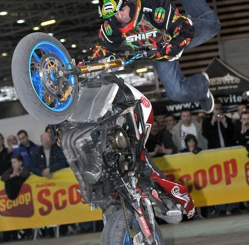 Jorian Ponomareff stunt show France