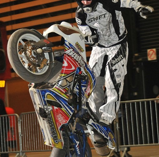 Julien Welsch Razerback stunt show Lyon