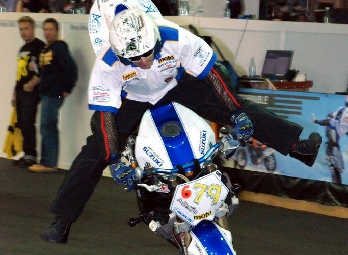 Ricardo Domingos spreader stoppie 180