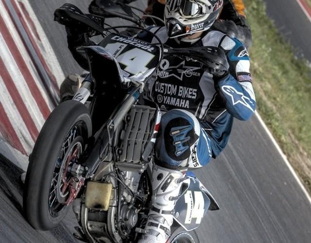 chochol slide supermoto motocykle wrzesien radom 2008 a mg 5053