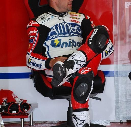 Carlos Checa boksy Brno