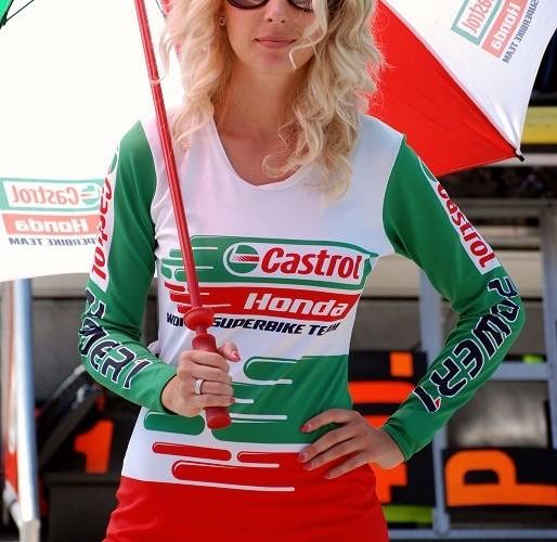 Castrol girl Brno paddock