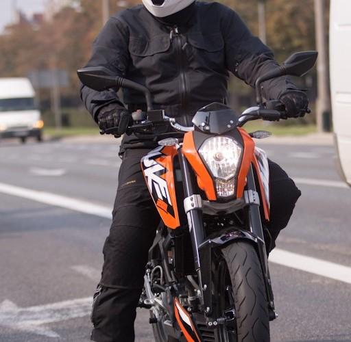 na stopie KTM Duke 200 scigacz pl