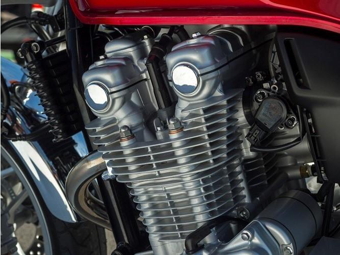 Czterocylindrowa Honda CB1100