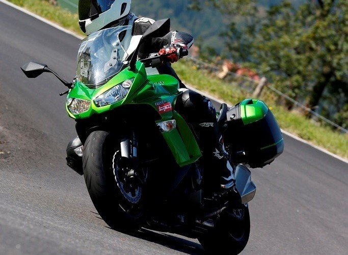 2014 Kawasaki Z1000SX zlozenia
