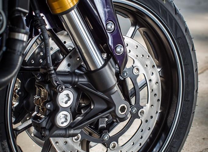 Hamulce 2014 Yamaha MT09
