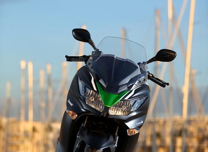 Front Kawasaki J300 2014