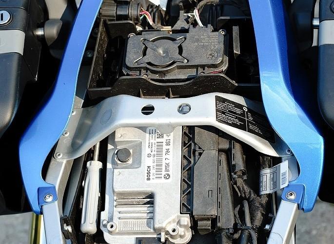 BMW K1200 schowek