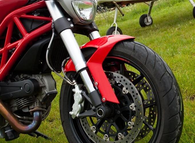 kolo przod Ducati Monster 796 2011