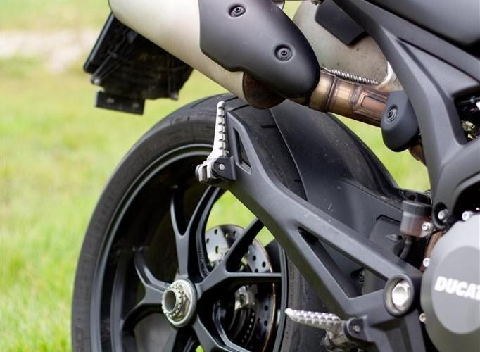 stopka Ducati Monster 796 2011